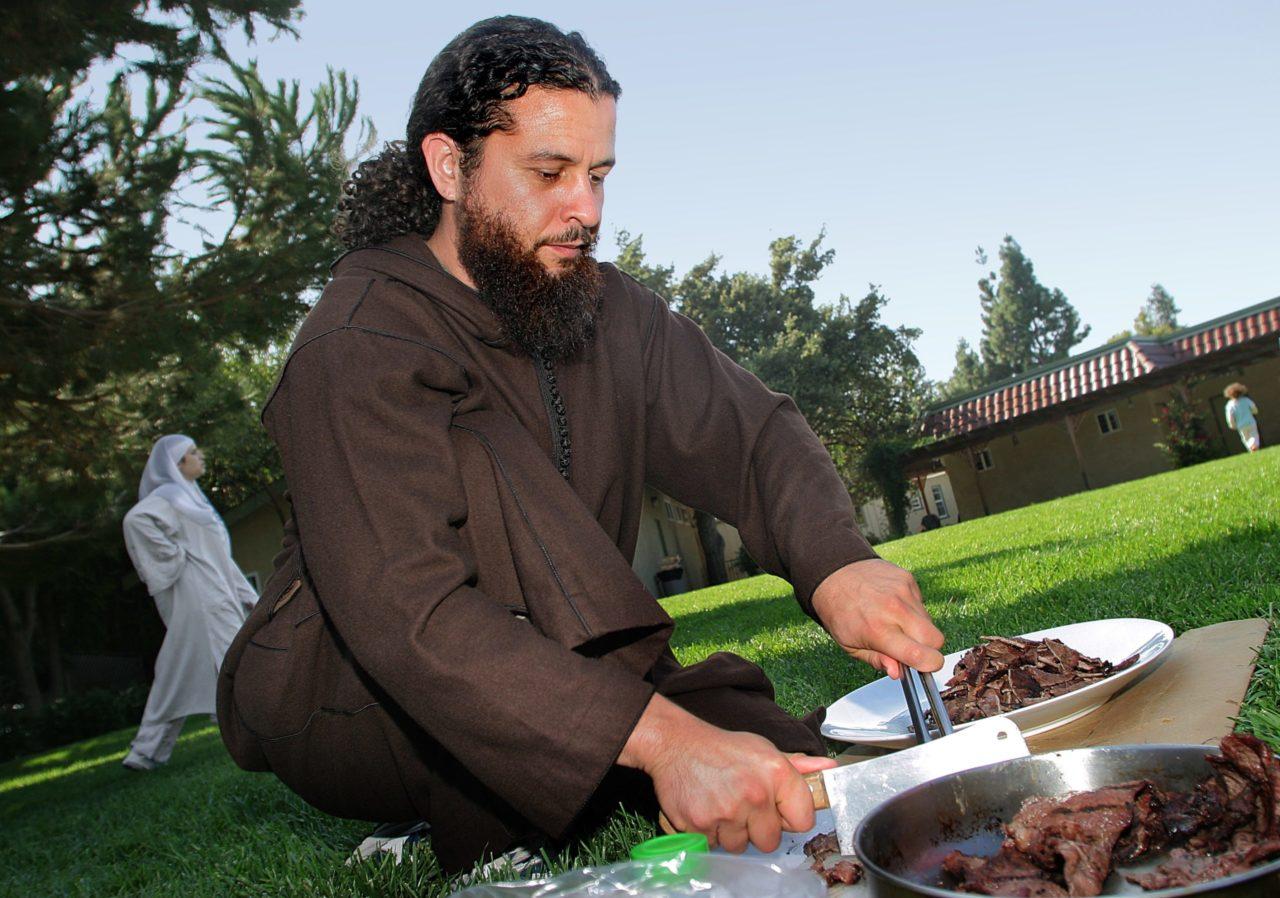 Latino Muslim preparing carne asada at Hayward Mosque